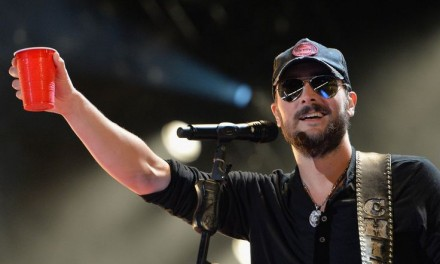 """Eric Church's """"Record Year"""" Claims No. 1 Spot on Both Charts"""