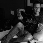 """Kiefer Sutherland to Perform """"Can't Stay Away"""" on The View Next Week"""