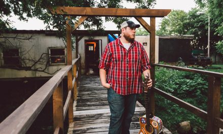 """Luke COmbs Takes Country Radio By Storm with New Song """"Hurricane"""""""