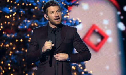 "Brett Eldredge Announces New ""Big Band"" Christmas Album – Listen to a Preview Here"