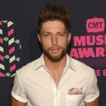 """Here's Why We Can't Get Enough of Chris Lane's New Single """"For Her"""""""